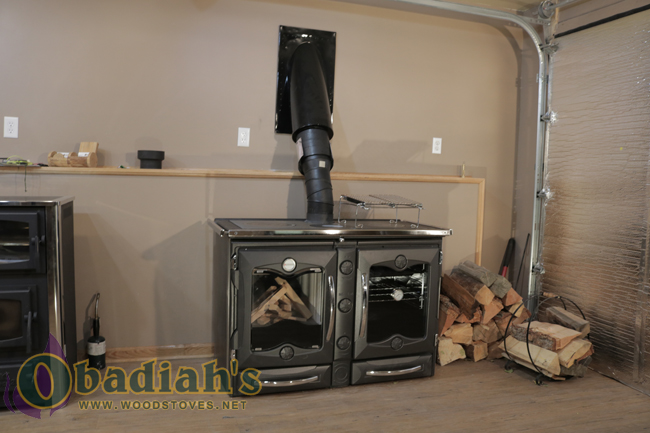 La Nordica America Wood Cookstove