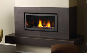 Regency Horizon HZ30E Small Gas Fireplace