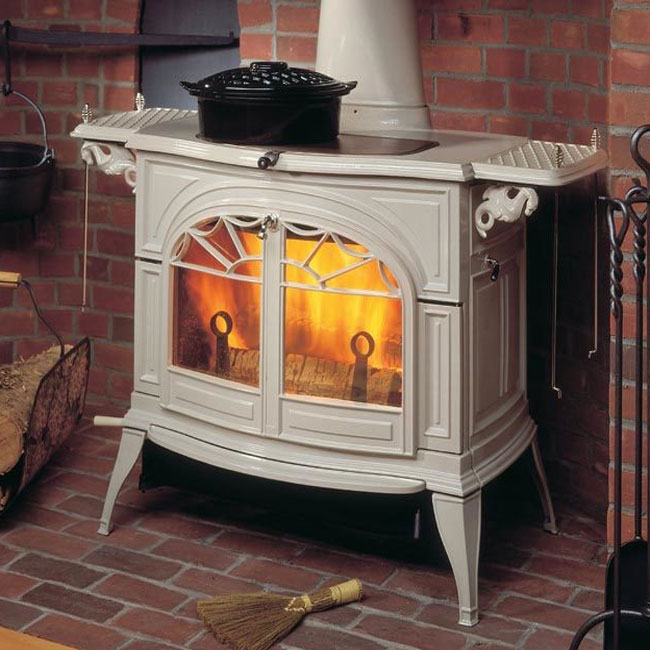 Vermont Castings Defiant Flexburn Stove - Discontinued