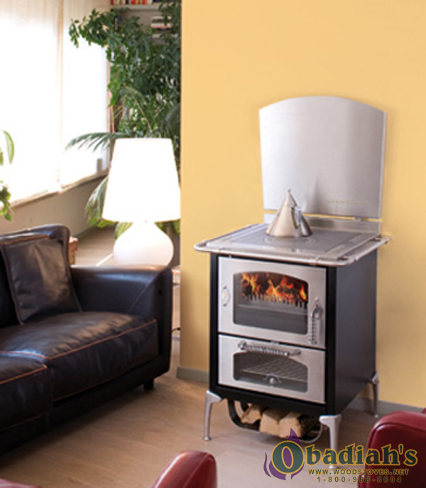 domina wood burning cookstove by De Manincor